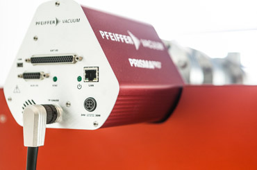 The embedded mass spectrometer for the Spectro Inlets EC-MS system is a Pfeiffer Prisma Pro. It is chosen for its optimal performance, matching that of the membrane microchip.