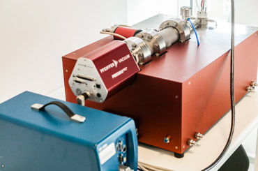 The working EC-MS system equipped with a built-in mass spectrometer (Pfeiffer Prisma Pro) and a BioLogic SP-200 potentiostat. On the side, four Swagelok VCR connectors allow to operate the system with up to four different make-up gases.